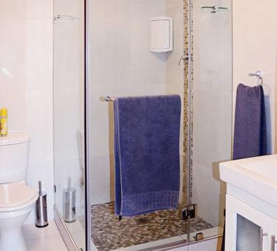 Century City Collection - St Tropez 206 Bathroom