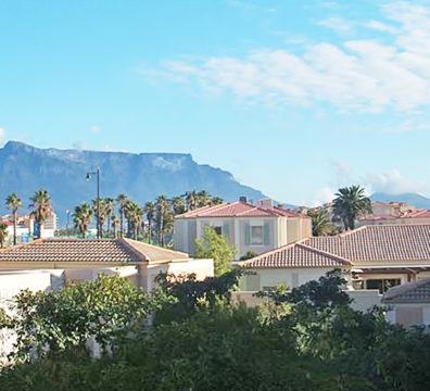 Century City Collection - Vera 204 View Table Mountain